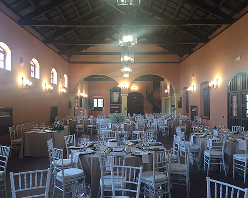 mesas interiores salones celebraciones sevilla